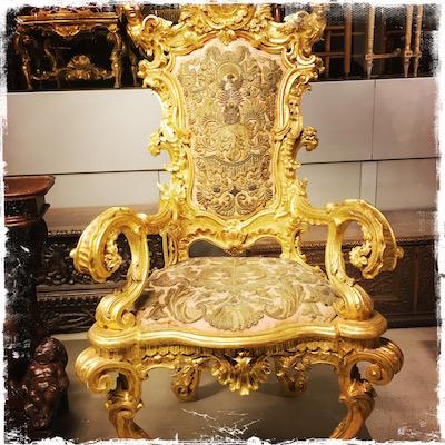 chair gold scroll